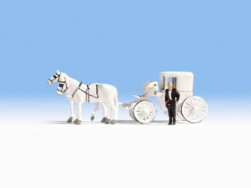 16706 Wedding Carriage HO Scale people