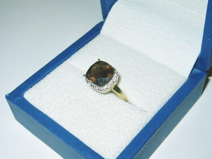 10K Solid Yellow gold...Ladies Beautiful, Smokey Quartz & Diamond Dress Ring....