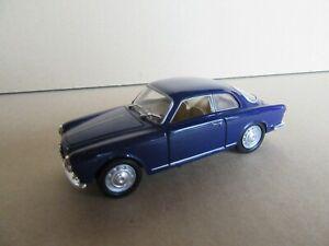 2K-Solido-Alfa-Romeo-Giulietta-Sprint-1957-Bleu-1-43