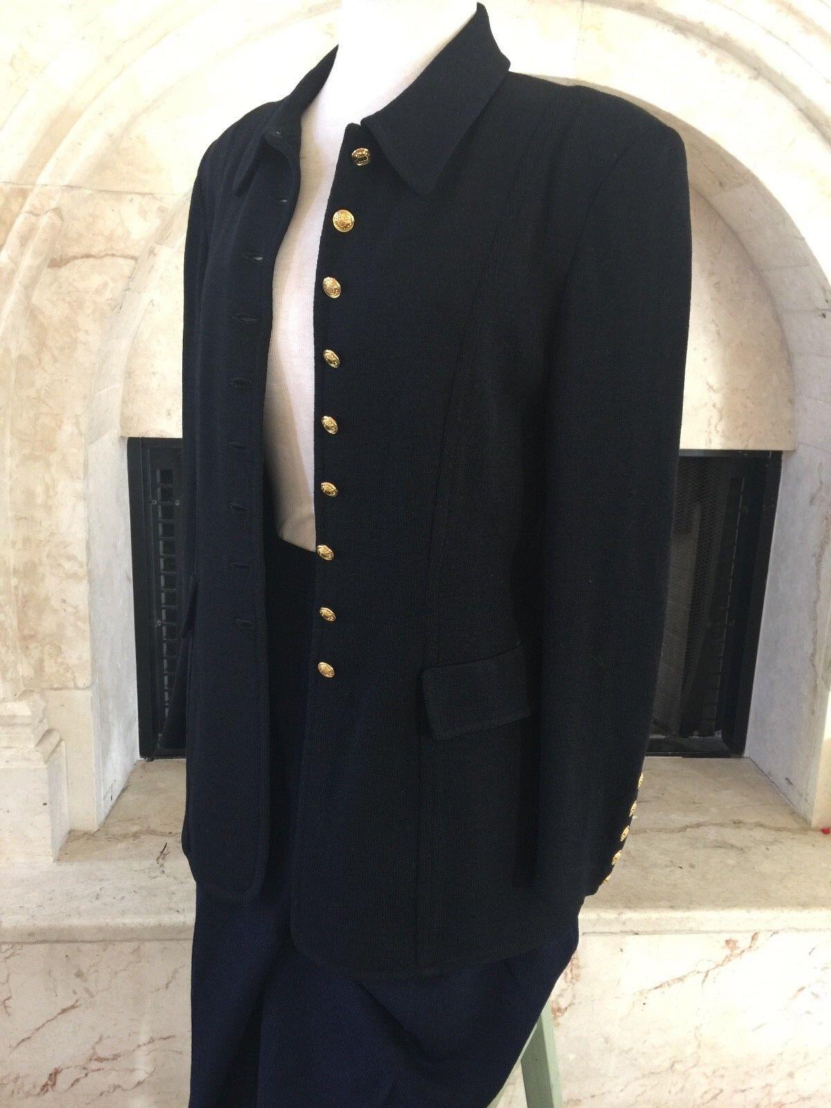 ST JOHN 3 pcs suits ( Blazer,top and Pants  ) size 8, M, 12