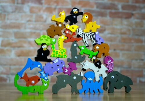 BeginAgain Animal Parade A to Z Puzzle /& Playset Educational Wooden Alphabet A-Z