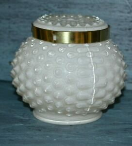 Vintage-Hobnail-Round-Milk-Glass-Like-Table-Lamp-Shade-Globe-Fitter-3-25-034