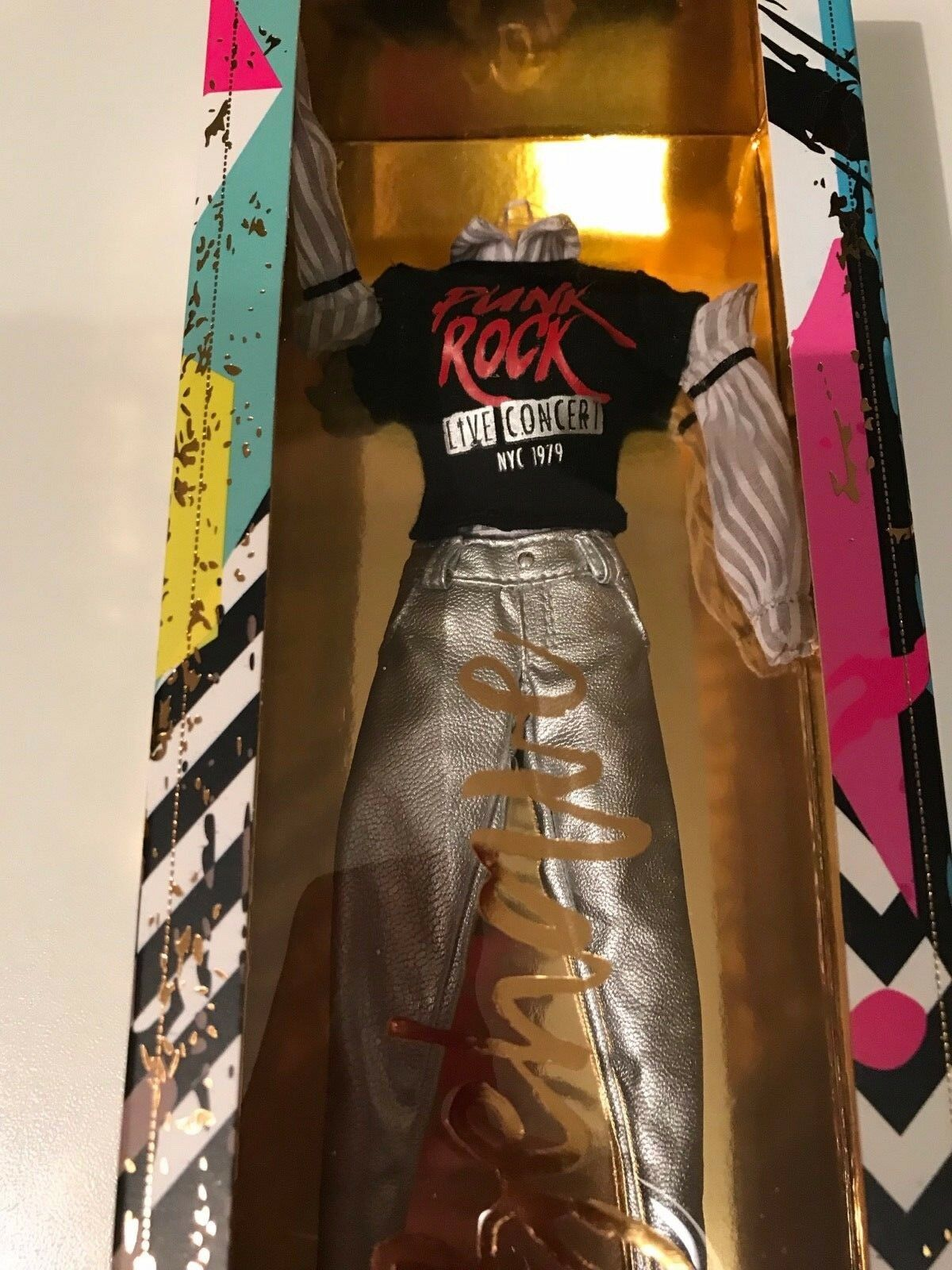 FASHION ROYALTY  INDUSTRY FROM THE LUXE LIFE DOLL'S OUTFIT PUNK ROCK FASHION
