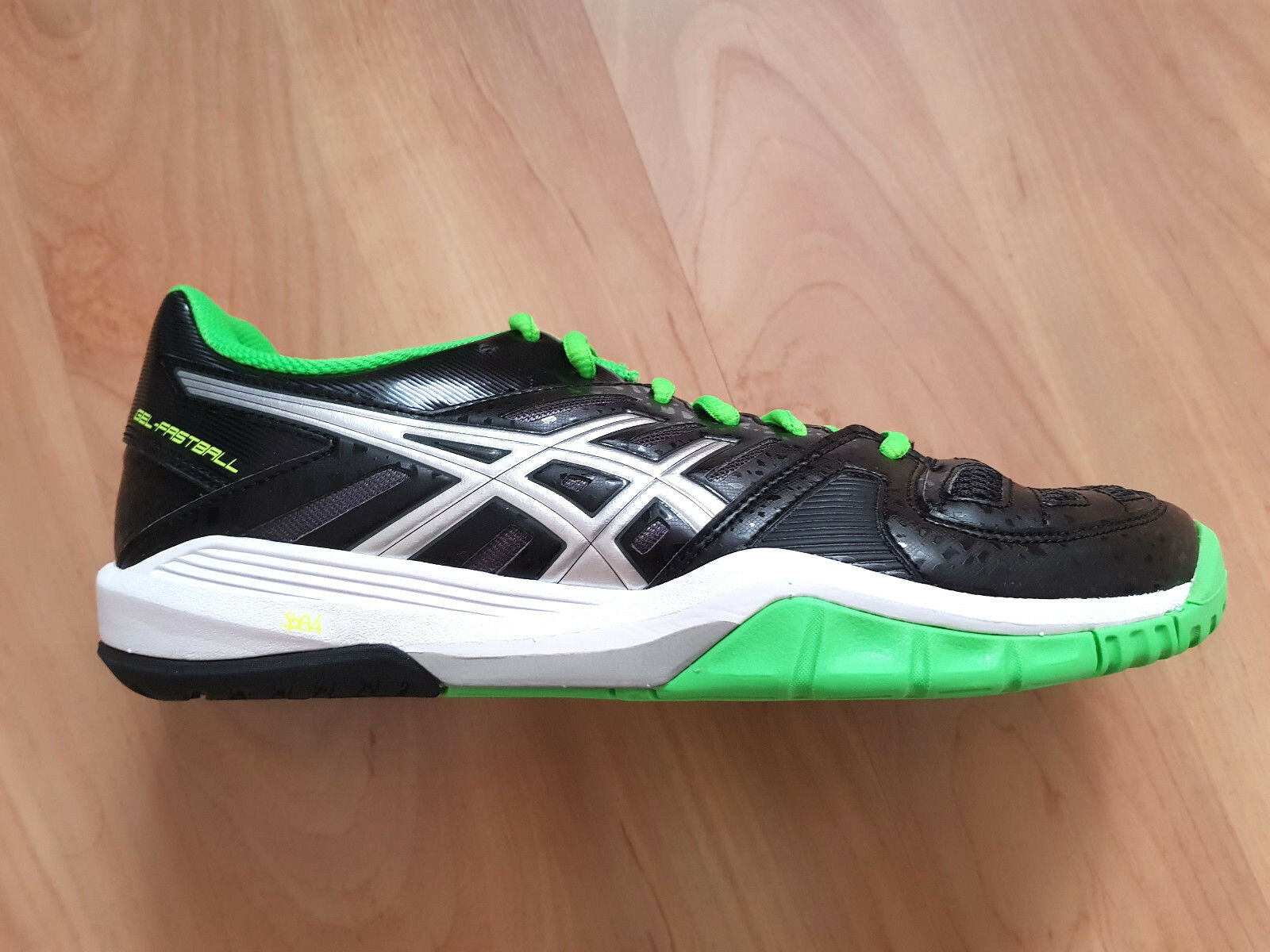 Bsics Sneaker, Modell E414Y 9093, Gr.41,5, Neu