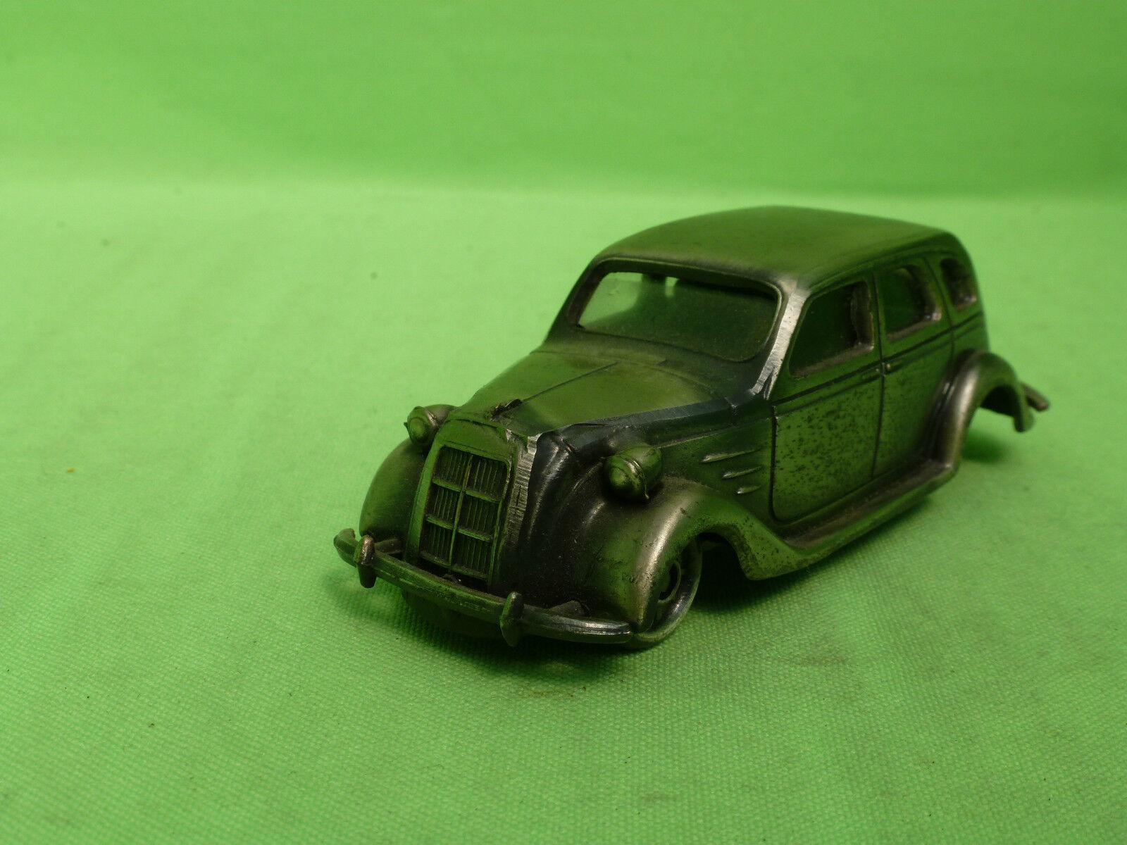 YONEZAWA DIAPET - CAR IN BRONZE COLOrosso METAL -  PLASTIC WINDOWS - MADE IN JAPAN