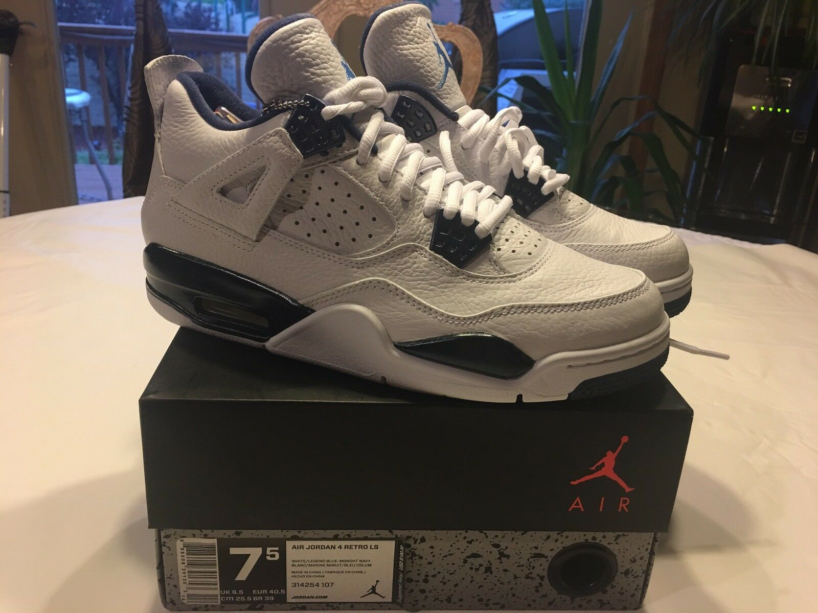 Air Jordan 4 Retro Ls White Navy Blue Comfortable The most popular shoes for men and women