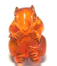 Japanese amber netsuke-Little Mouse Bites Its Tail,signed by artist