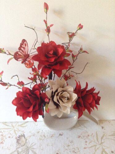 Artificial Silk Flower Arrangement In Red /& Cream in Small Modern Shaped Vase