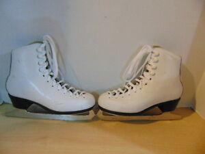 Figure Skates Childrens Size 2 Resport Star Leather Minor Wear