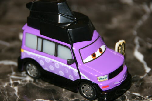 "Navire Guerre mondiale loose Disney Pixar Cars 2 /""Kimura Kaizo/"" Brand New"