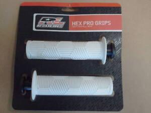REDLINE BMX GRIPS HEX PRO 130MM WITH PLUG GRIP RED
