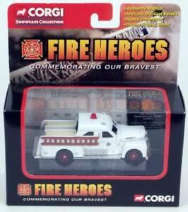 FIRE-HEROES-1951-Seagraver-70th-Anniversary-Pumper-CORGI-CS90056