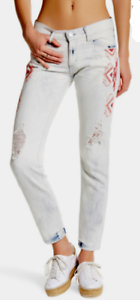 Etienne Marcel Embroidered Straight Leg Jean 25 NWT  207