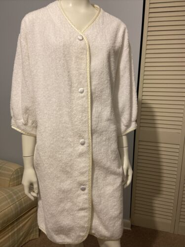 Vintage Mark Travers Chenille Robe/Cover Up Cream
