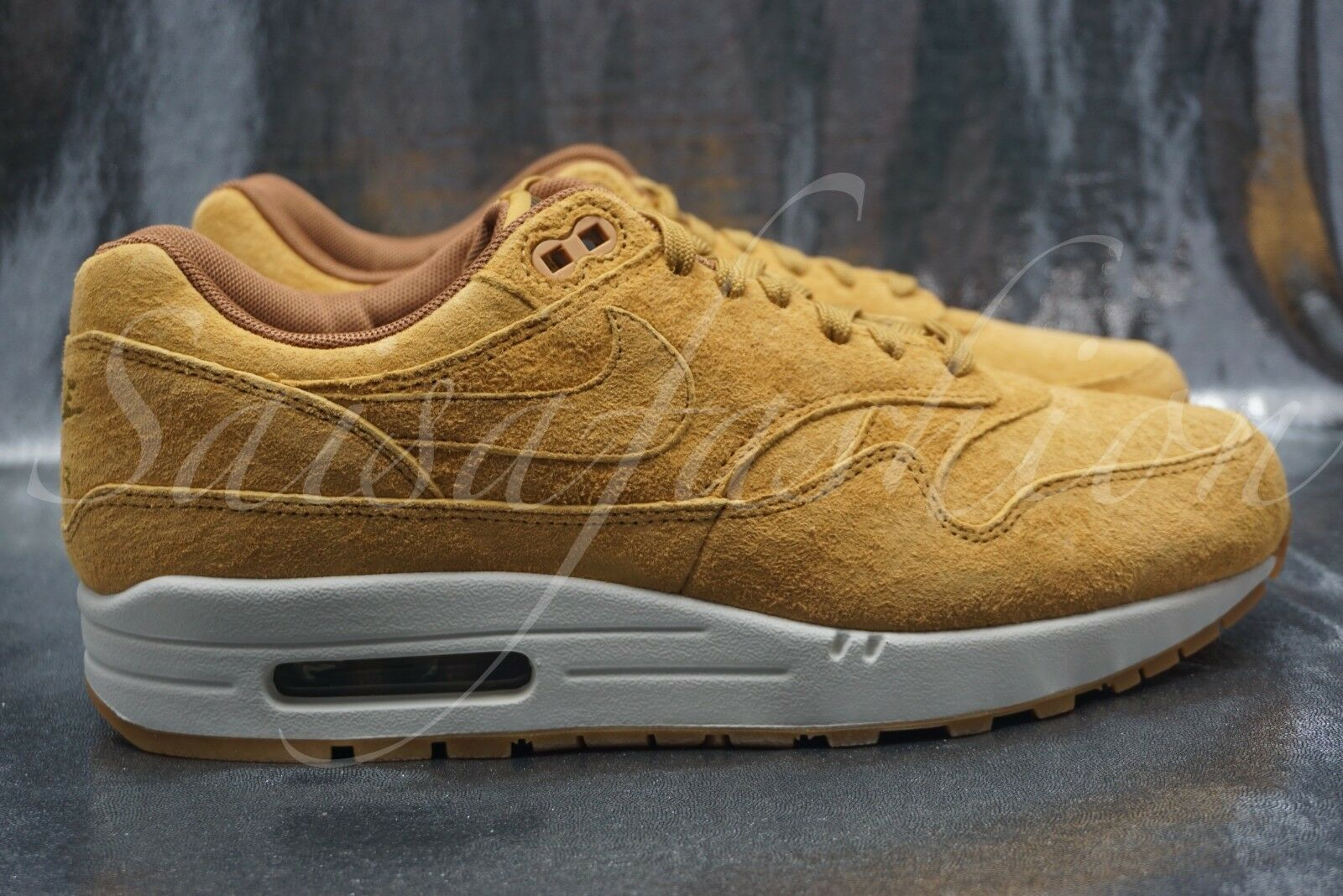 Nike Air Max 1 Premium Wheat Wheat-Light Bone Suede 875844 701 Men Size 12
