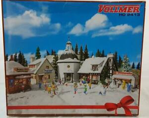 VOLLMER-2413-HO-GAUGE-CHRISTMAS-VILLAGE-5-SEALED-KITS-WITH-SNOW-amp-LIGHTING