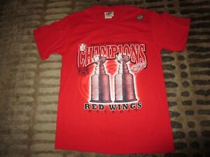 Detroit-Red-Wings-1998-Stanley-Cup-Champions-Locker-Room-Shirt-Medium-M-NEW