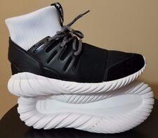 les hommes noirs cassandre de adidas s maille tubulaire des chaussures de cassandre daim 644490