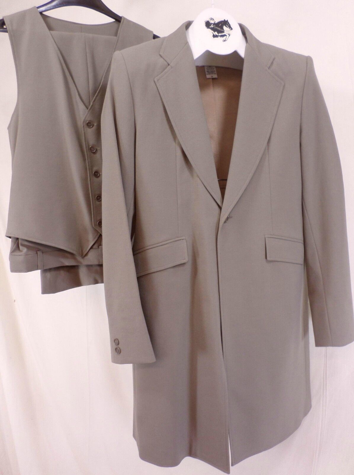 Reed Hill Mens Saddleseat 3 Pc Suit Beige Stretch Wool Blend 50 - USA