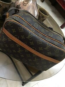 Pre-loved-Authentic-Louis-Vuitton-Reporter-s-PM-Bag