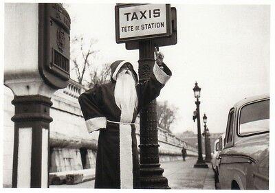 schwarz wei ansichtskarte weihnachtsmann ruft ein taxi. Black Bedroom Furniture Sets. Home Design Ideas