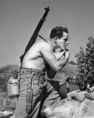 1943 WW2 4th Marine Raider Battalion Field Hygiene Shaving WWII Photo FL93