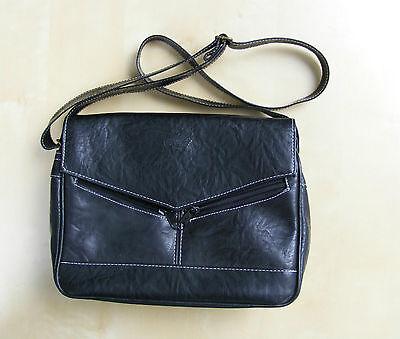 schicke und praktische Handtasche von Galaty Paris