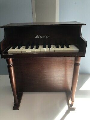 Schoenhut Childs Piano Vintage 25 Key
