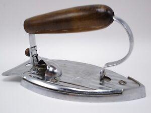 Vintage-KM-Knapp-Monarch-Travel-Iron-Folding-Hardwood-Handle-400W