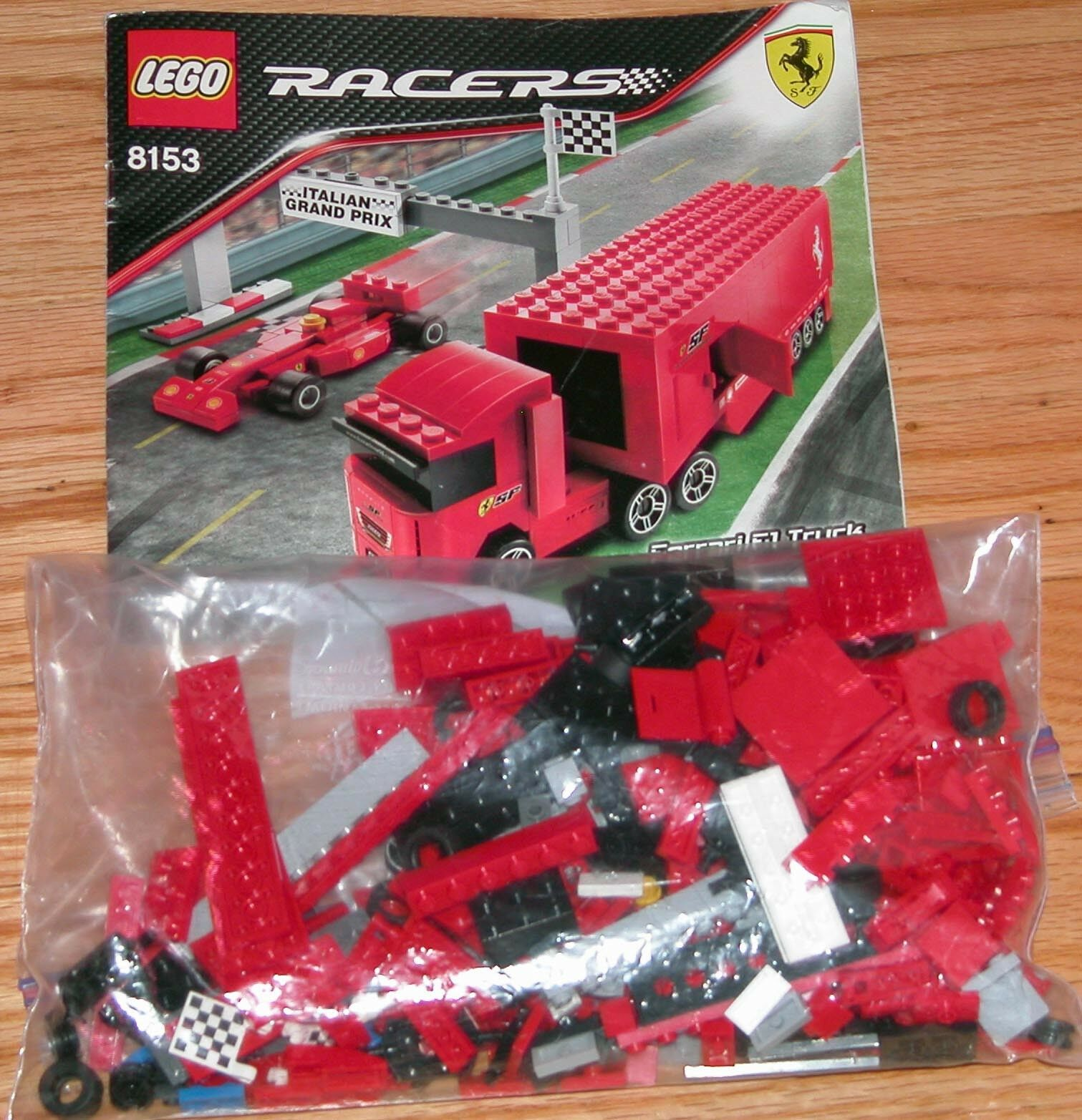 LEGO 8153 Racers Ferrari  F1 Camion Jeu Complet  expédition rapide à vous
