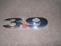 Dodge Dakota Chevrolet Uplander Impala 3.9l 3.9 Fender Trunk Emblem Chrome