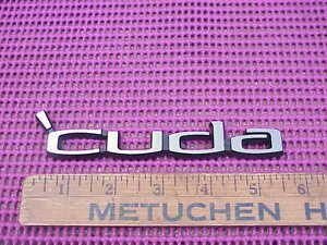 1970-71-72-73-74-Plymouth-Barracuda-039-Cuda-Nameplate-Emblem