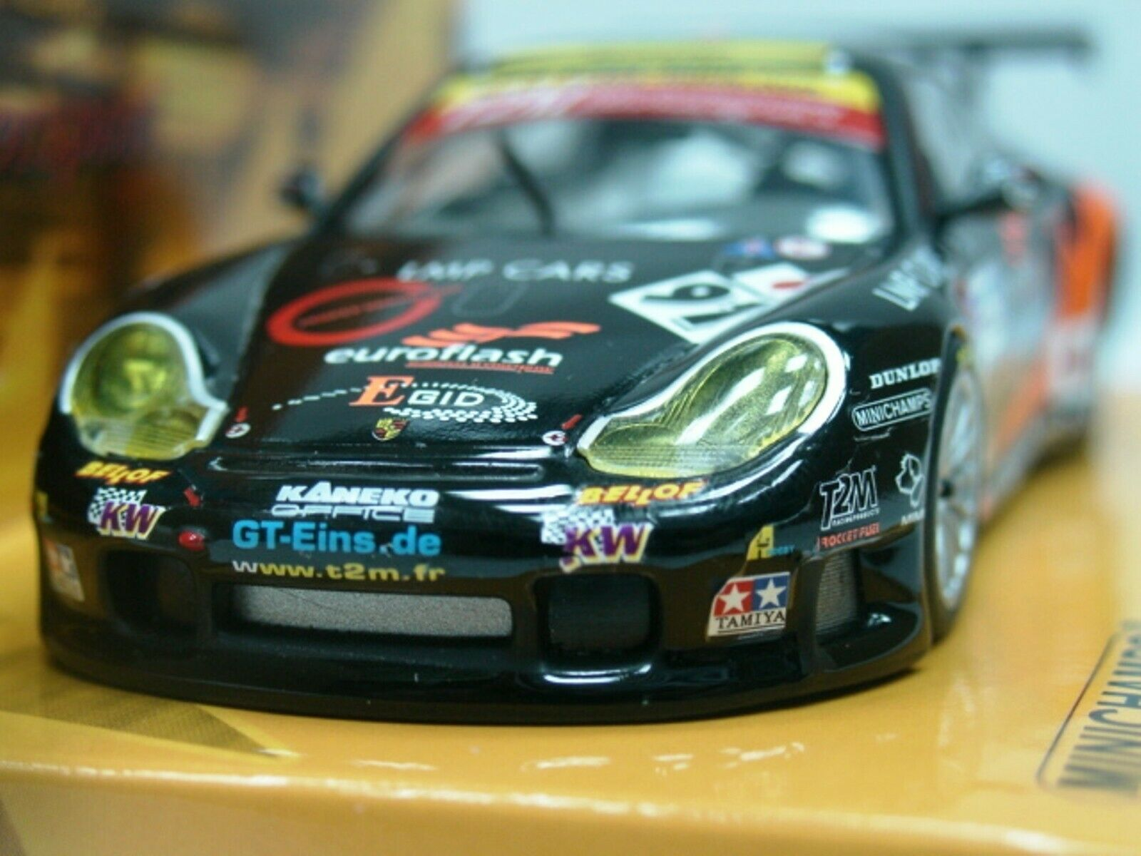 Wow extrêmement rare Porsche 996 911 GT3 RS  91 T2M Le Mans 2005 1 43 Minichamps