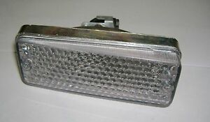 FIAT 126// PLASTICA FANALINO ANTERIORE DX// FRONT TURN LIGHT LENS RIGHT