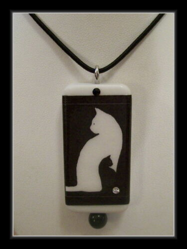 DOMINO PENDANT WITH MATCHING BOX TWO CATS IN ONE BLACK AND WHITE CATS