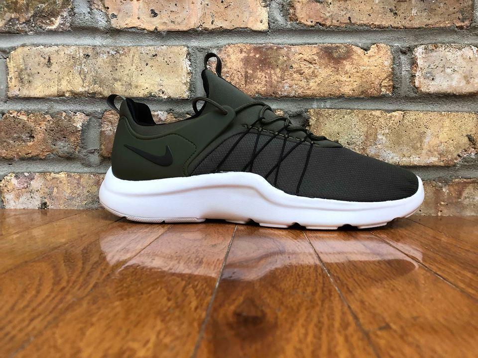 Mens Nike Darwin 819803-302 Cargo Khaki Brand New Size 11