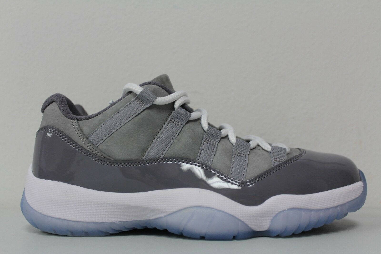 Nike Uomo Air Jordan 11 Retro Low Size 7 Cool Grey 528895-003