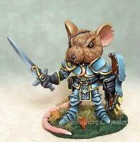 Mouse Warrior Dsm 7956 Visions In Fantasy - Dark Sword Miniatures Pewter Sword