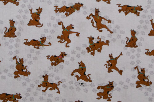 Children/'s Scooby-Doo Fabric Dressmaking 100/% Cotton Quilting and Crafts