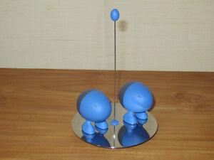 ALESSI-NEW-Set-sel-et-poivre-resine-bleue-base-inox-brillant-ASG02AZ