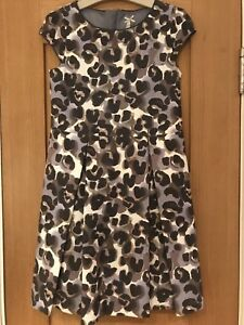 Responsable Magnifique Neuf Prochain Filles Imprimé Animal Robe âgés De 9 Ans-afficher Le Titre D'origine