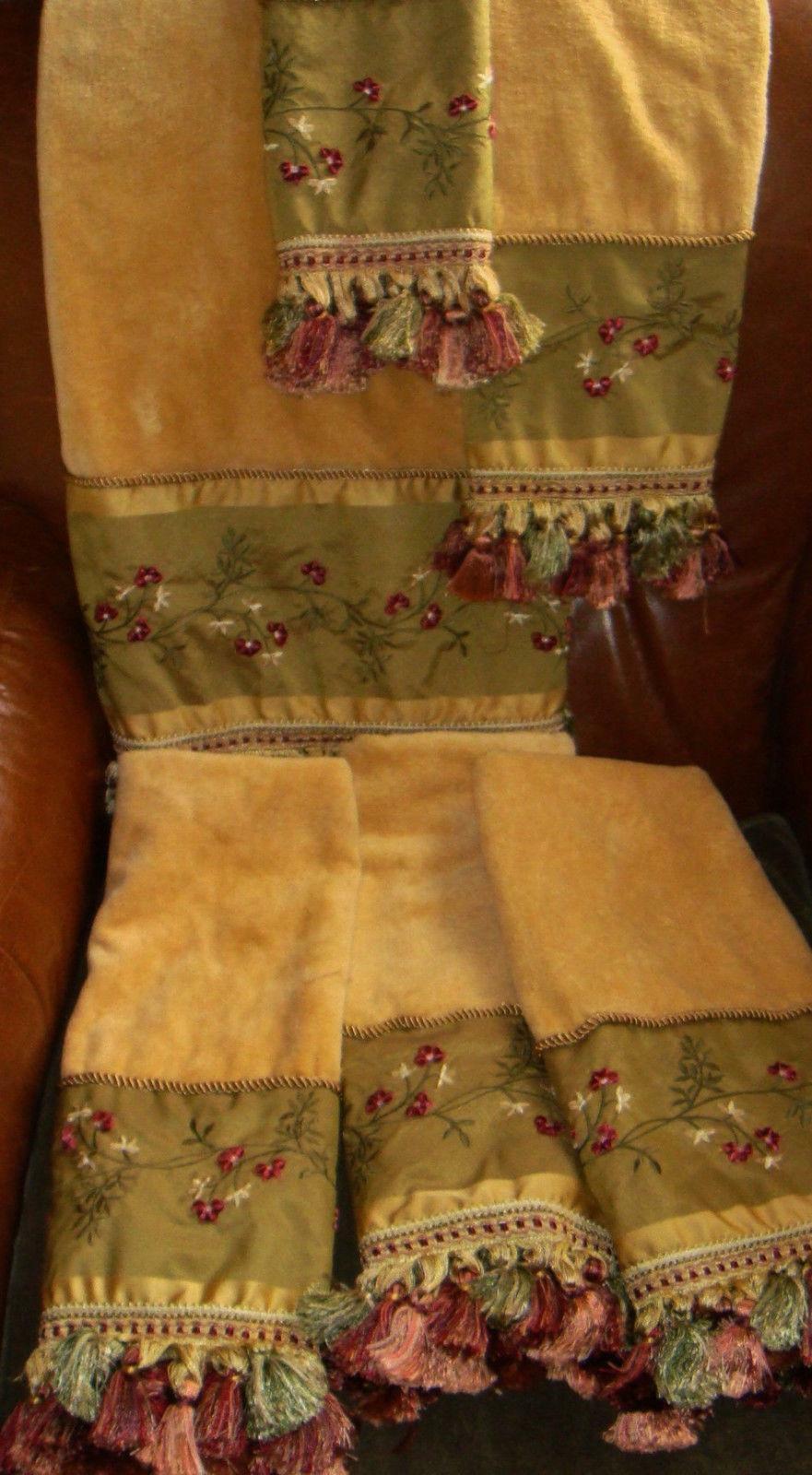 Croscill Home RARE 14 Karat Karat Karat Floral 6 Pieces Bath Hand Fingertip Towels Tassels 4309e8