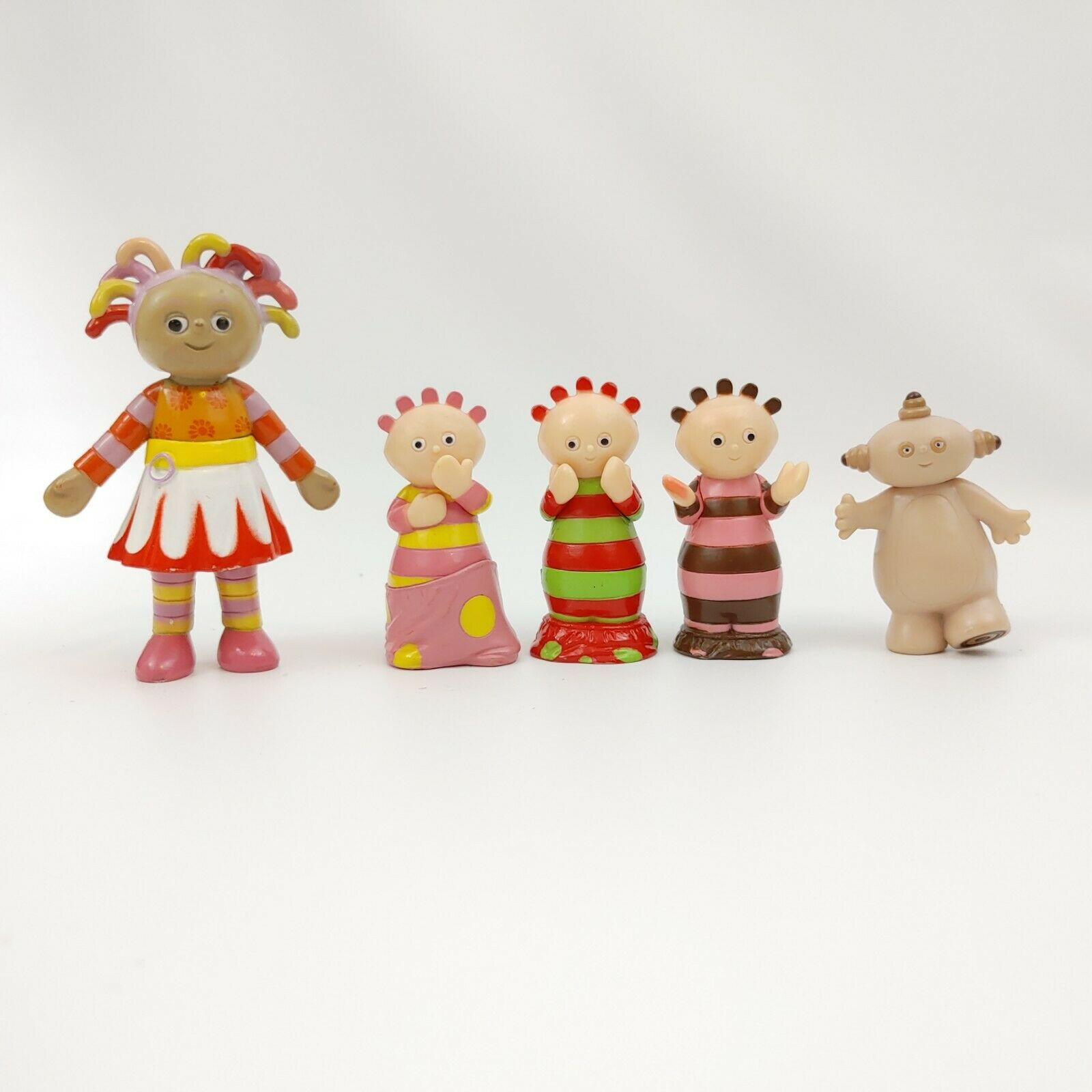 En Bois Pull Along Igglepiggle Upsy Daisy Makka Pakka In The Night Garden