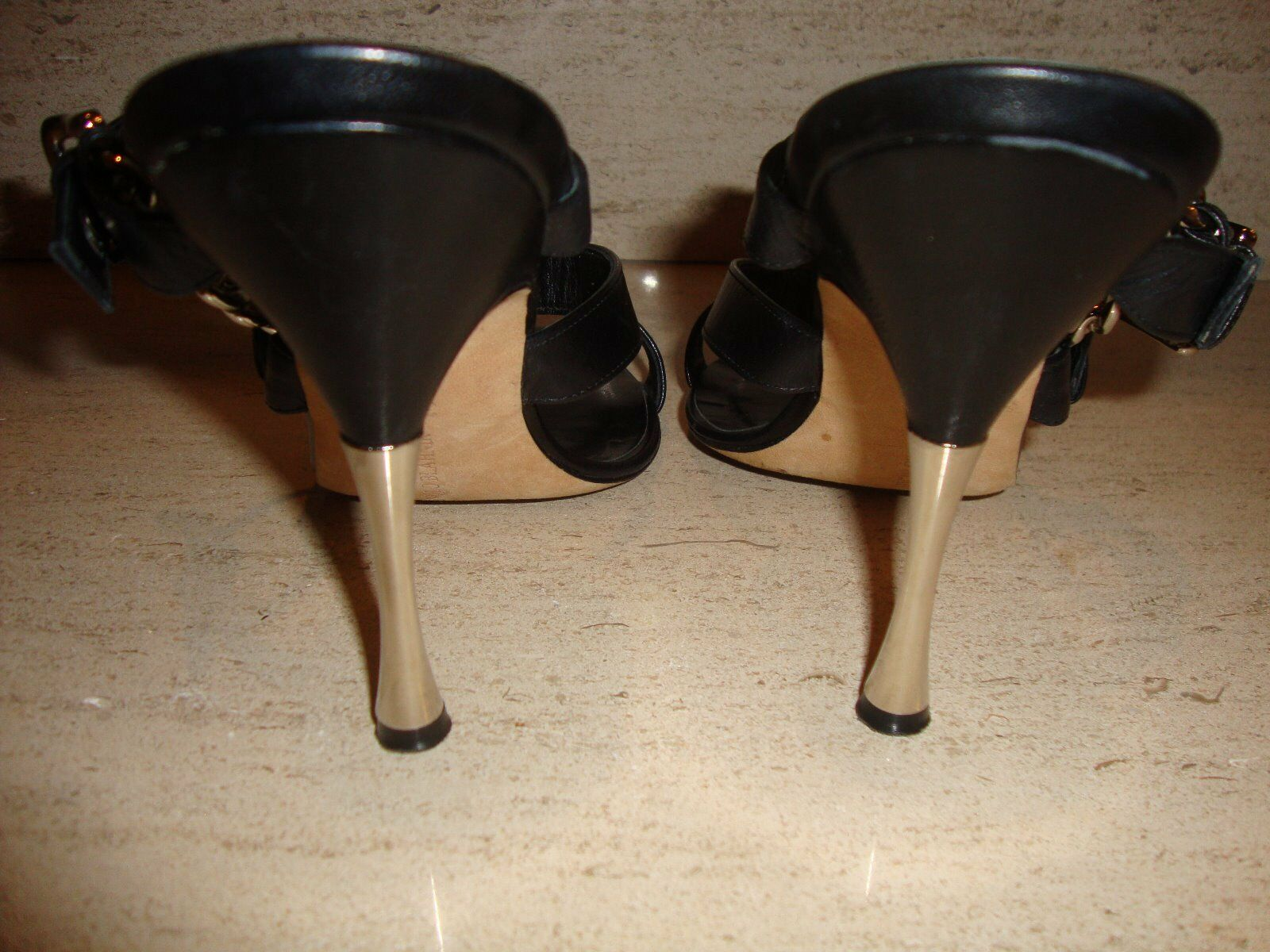 CRAZY COOL & SUPER SUPER SUPER RARE LEATHER AND CHAIN HEELS   SANDALS BY MANOLO BLAHNIK ba35ec