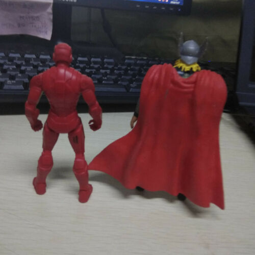 """2pcs 4/"""" MARVEL UNIVERSE Red /& Golden Iron Man /& Thor with Red Cloak Figures Toys"""