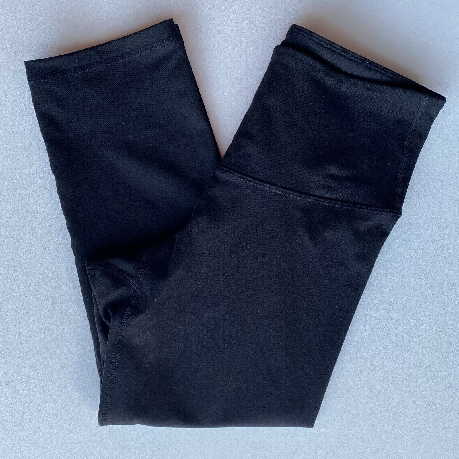 OLD NAVY Active Women's Compression High Rise Crop Leggings Black Small Workout