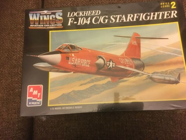 AMT F-104 C/G STARFIGHTER LAST FLIGHT LUFTWAFFE CANADA model Kit SEALED in cello