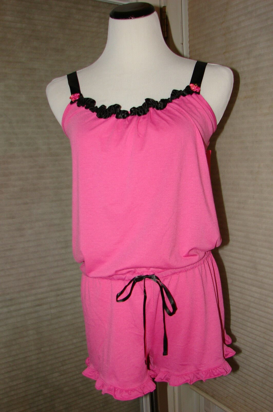 BETSEY JOHNSON PINK ROMPER  LOUNGE WEAR SIZE LG NWT ADORABLE     HARD TO FIND