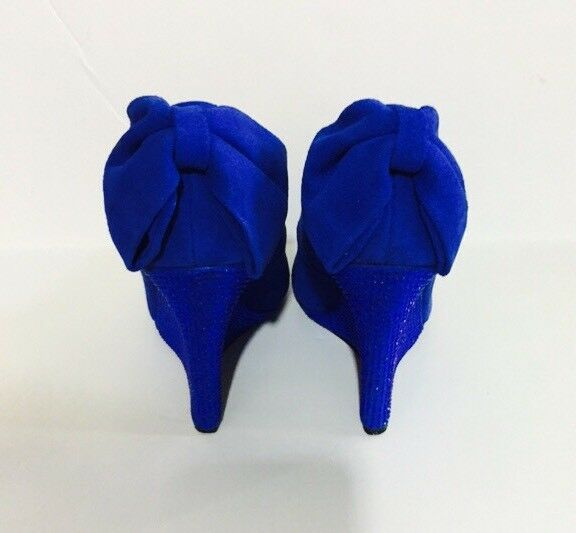 RARE Studded Betsey Johnson Chhance Blau Studded RARE Suede Wedge Pumps 2ae8c4