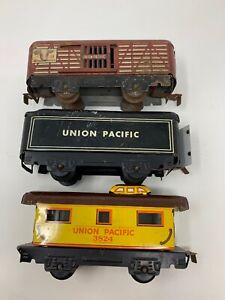 Marx-Train-O-Gauge-Tin-Union-Pacific-Cattle-Car-Caboose-Sliding-Doors-Lot-3-Z7